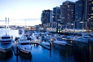 City Apartments - Docklands Es..
