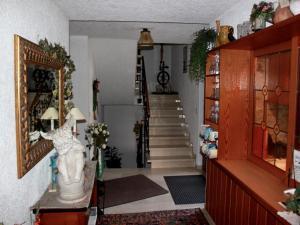 Gästehaus Mayer-Bartsch, Guest houses  Meersburg - big - 11