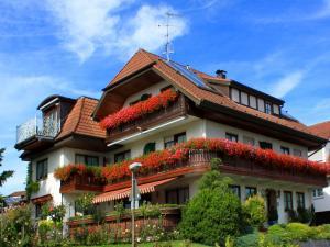 Gästehaus Mayer-Bartsch, Guest houses  Meersburg - big - 7