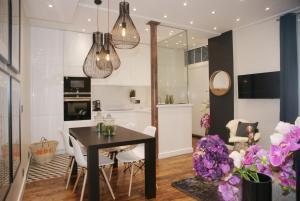 Beautiful 2 bedrooms apartment in Saint-Germain-des-Prés