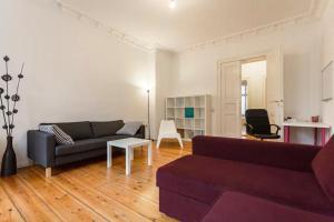Apartment Heinrich-Roller-Str.