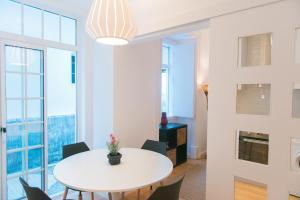 Entre o Carmo e a Trindade, Appartamenti  Lisbona - big - 4