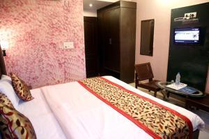 STARiHOTELS Central Town Jalandhar