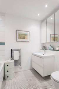 onefinestay - Marylebone private homes II, Апартаменты  Лондон - big - 58