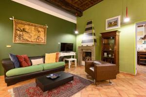 Rome as you feel - Vicolo delle Grotte