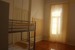 Hostel 402