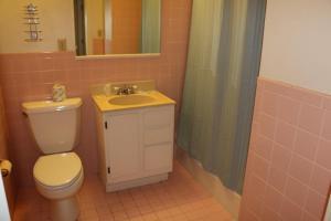 Hotel Kitsmiller on Main, Motely  Fredericksburg - big - 201