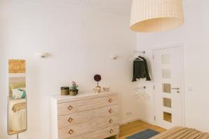 Entre o Carmo e a Trindade, Appartamenti  Lisbona - big - 59