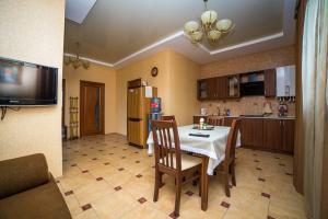Guest House Yuzhniy, Penziony – hostince  Divnomorskoye - big - 6