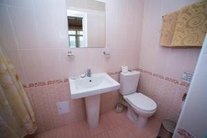 Guest House Yuzhniy, Penziony – hostince  Divnomorskoye - big - 9