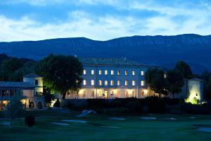 Château et Golf De Taulane - Hotel - La Martre