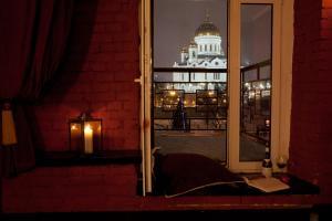 Отель October Riverside Inn - фото 10