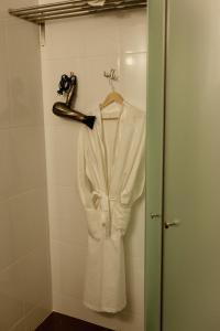 Отель October Riverside Inn - фото 27