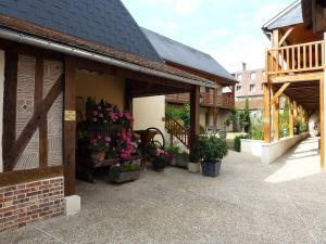 Hôtel De Normandie, Отели  Conches-en-Ouche - big - 18