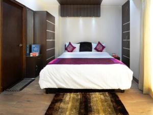 OYO 2858 Apartment near Cyber Towers, Hotels  Hyderabad - big - 11