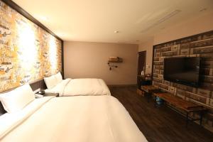 Central Hotel, Hotely  Zhongli - big - 20