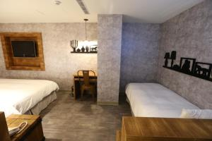 Central Hotel, Hotely  Zhongli - big - 19