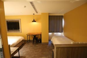 Central Hotel, Hotely  Zhongli - big - 33