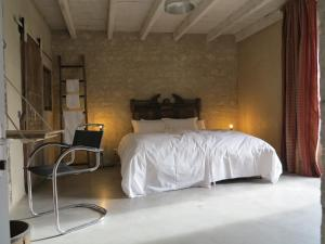 Domaine De Chantemerle B'nB, Bed & Breakfasts  Marsac - big - 16