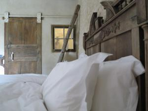 Domaine De Chantemerle B'nB, Bed & Breakfast  Marsac - big - 9