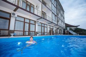 Guest House Karavan, Penziony  Haspra - big - 7