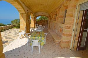 Casa Orizzonte, Holiday homes  Patù - big - 19