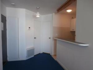 Rental Apartment Mir017