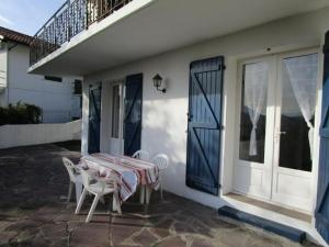Rental Apartment Rhune 2