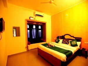 OYO 2280 Hotel Marina Mahal, Отели  Джайсалмер - big - 1