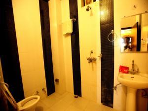 OYO 2280 Hotel Marina Mahal, Отели  Джайсалмер - big - 17