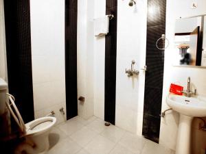 OYO 2280 Hotel Marina Mahal, Отели  Джайсалмер - big - 19