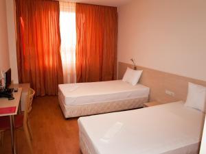 Hotel Astra, Hotel  Sofia - big - 23