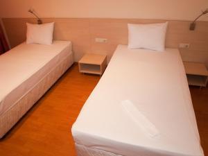 Hotel Astra, Hotel  Sofia - big - 24