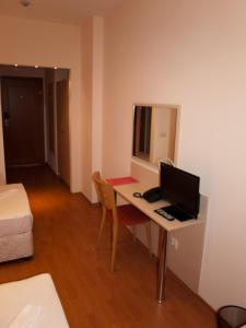 Hotel Astra, Hotel  Sofia - big - 26