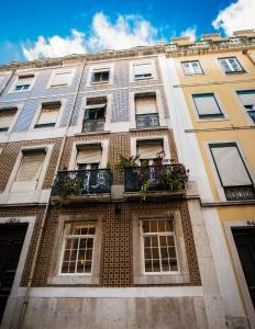 Entre o Carmo e a Trindade, Appartamenti  Lisbona - big - 1