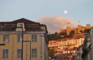 Entre o Carmo e a Trindade, Appartamenti  Lisbona - big - 12
