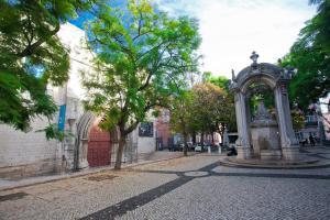 Entre o Carmo e a Trindade, Appartamenti  Lisbona - big - 18