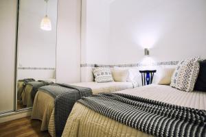 Entre o Carmo e a Trindade, Appartamenti  Lisbona - big - 43