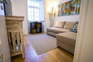 Entre o Carmo e a Trindade, Appartamenti  Lisbona - big - 45