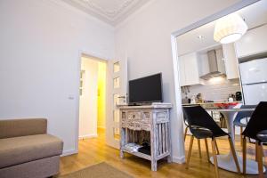 Entre o Carmo e a Trindade, Appartamenti  Lisbona - big - 46