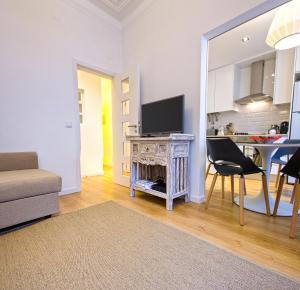 Entre o Carmo e a Trindade, Appartamenti  Lisbona - big - 47
