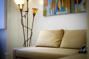 Entre o Carmo e a Trindade, Appartamenti  Lisbona - big - 48