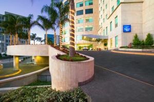 墨西哥城圣达菲诺富特酒店 (Novotel Mexico City Santa Fe)