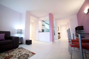 Apartamentos Kasa25 Golf & Beach Hoyo 18, Appartamenti  Alicante - big - 33