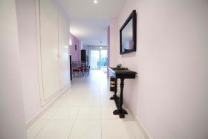 Apartamentos Kasa25 Golf & Beach Hoyo 18, Appartamenti  Alicante - big - 35