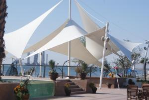 Курортный отель Crescent Beach - фото 1