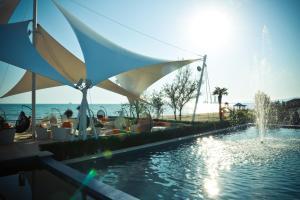 Курортный отель Crescent Beach - фото 16