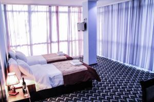 Тбилиси - Hotel Georgia