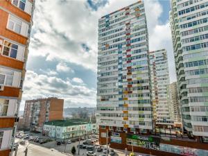 (Apartments on M. Gorkogo)