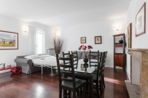 Vittoria Halldis Apartments, Апартаменты  Милан - big - 10
